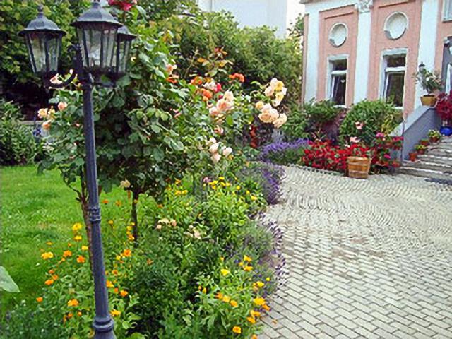 Gartenpflege Berlin & Brandenburg